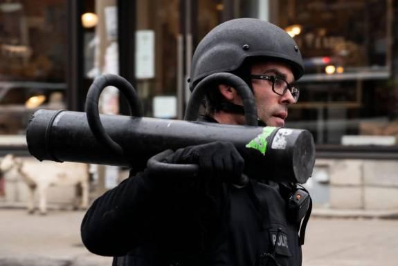 Politie rukte massaal uit voor verzonnen gijzeling bij Ubisoft